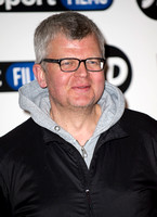 Adrian Chiles _ 208541