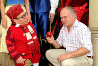 James Frost and Warwick Davis _ 113065