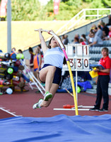 Inter Girls Pole Vault _ 17960
