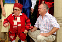 James Frost and Warwick Davis _ 113077